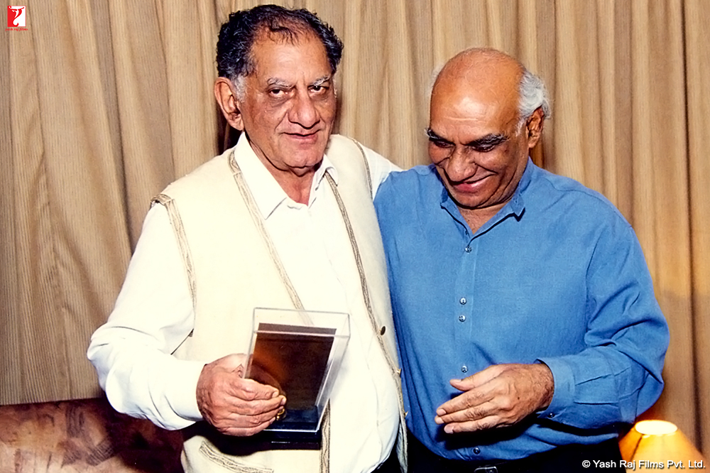 Movies directed by Yash Chopra - listal.com