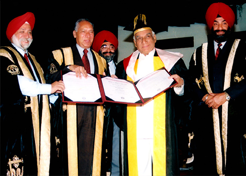 Yash Chopra Conferred With a Degree of Doctor of Philosophy