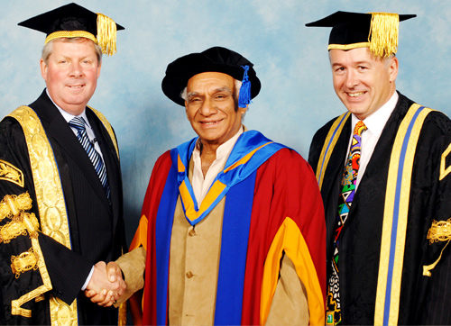 UK varsity honours Yash Chopra with an Honorary Doctorate